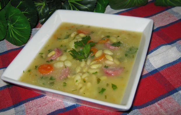 Zupa z ziemniakami i fasolką
