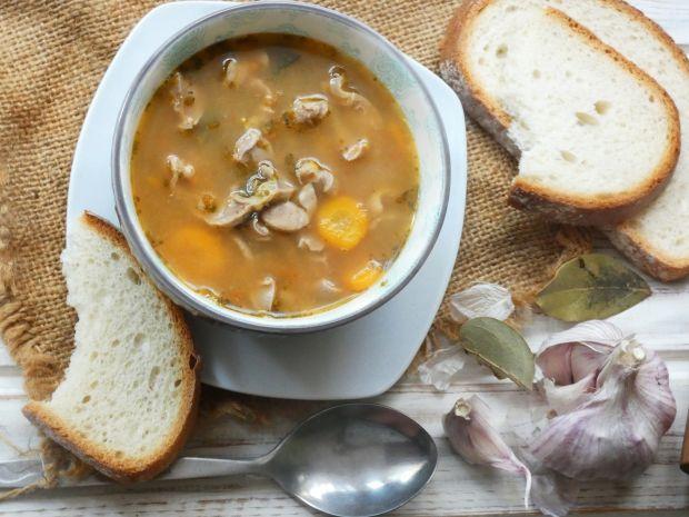 Zupa z żołądków drobiowych
