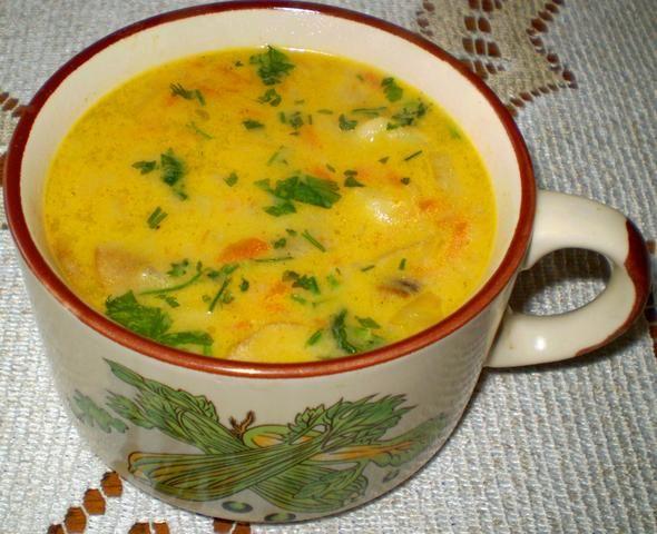 Zupa zacierkowa z warzywami :