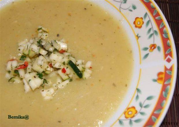 Zupa ziemniaczano-cukiniowa z gremolatą