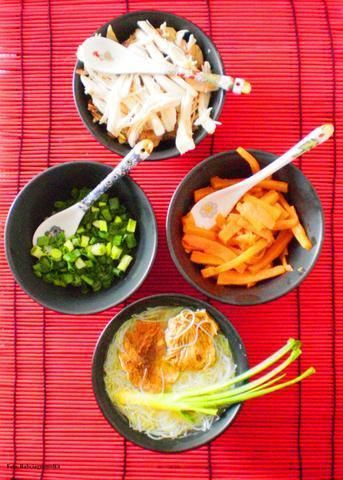Zupka dla Kaa z Macao :