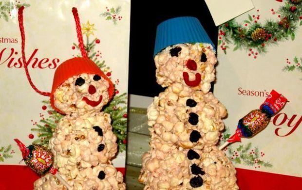 Bałwanki z popcornu