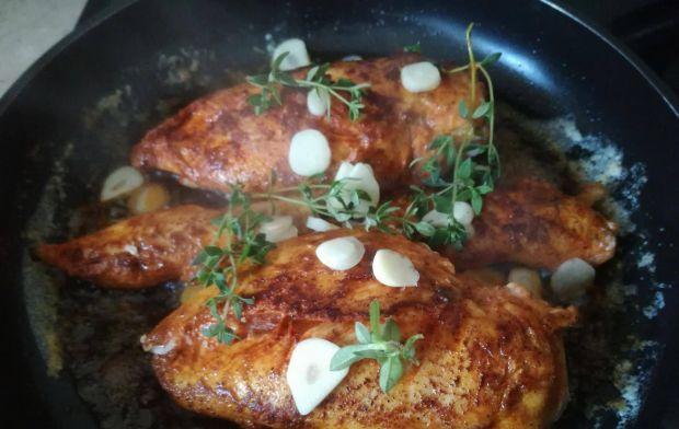 Bavette z kurczakiem w sosie maślano-winnym