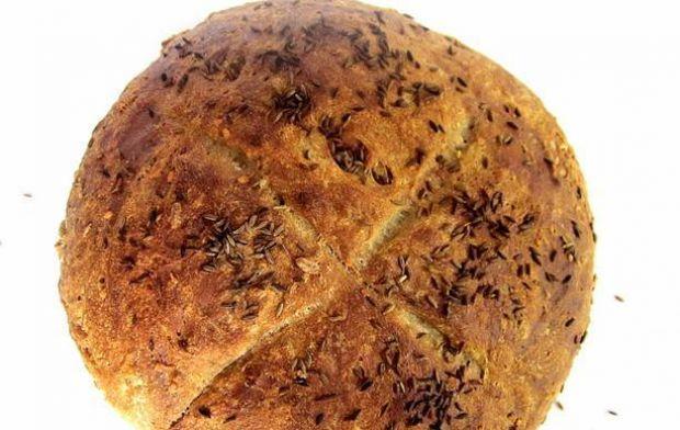 Chleb razowy pszenno-żytni z kminem
