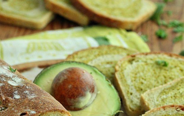 Chleb szpinak z awokado