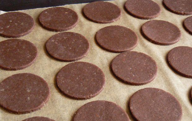 Ciasteczka migdałowe z kremem