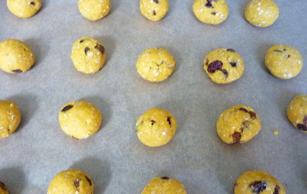 Ciasteczka owsiane z dynią i bakaliami