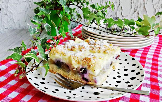 Ciasto z gruszkami i borówkami