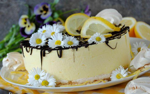 Cytrynowy tort lodowy