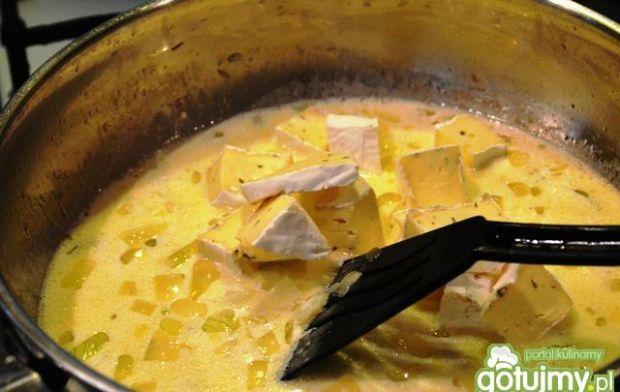 Czarniak w serowym sosie