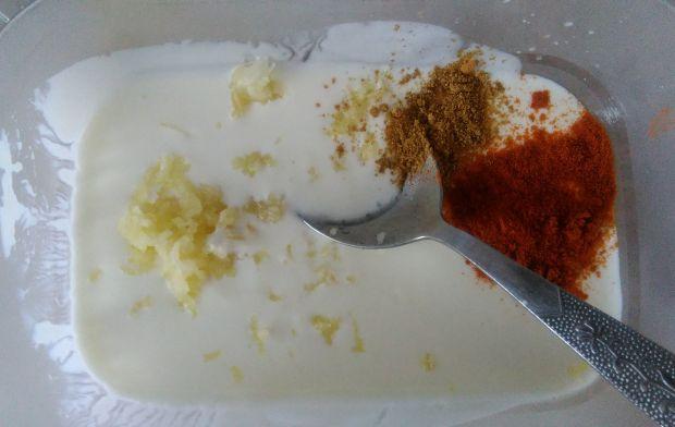 Grillowane polędwiczki z kurczaka z sosem sezamowy