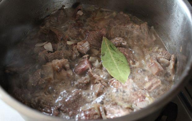 Jesienny gulasz wołowy z dynią i cukinią