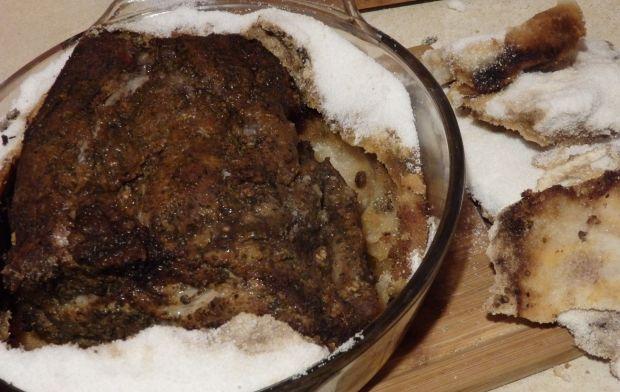 Karkówka pieczona w soli