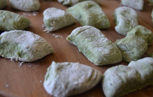 Kluseczki ze szpinakiem oraz serem  ricotta
