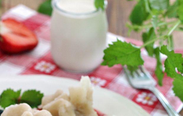 Maślane sakiewki z truskawkami