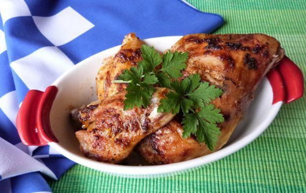 Mięso z kurczaka w soku z ananasa