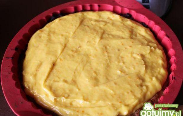 Mrożona tarta pomarańczowa z borówkami