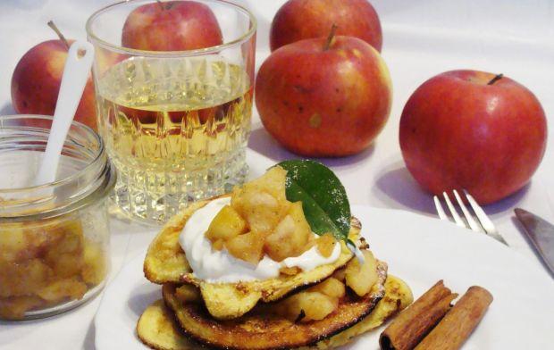 Omleciki w wersji mini z prażonymi jabłkami