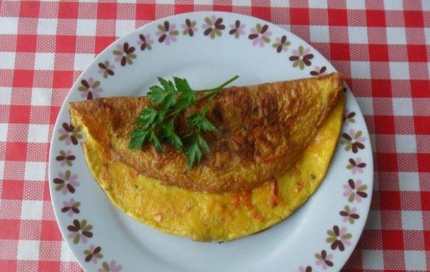 Omlet z marchewką.