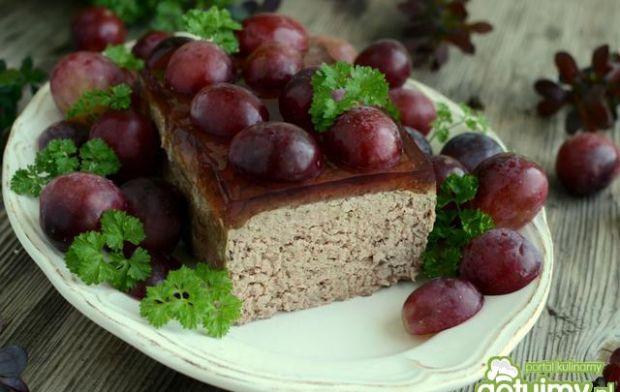 Pasztet z winogronami i winną galaretką