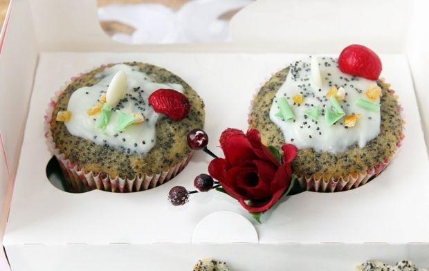 Pieguski - pomarańczowe muffinki z makiem