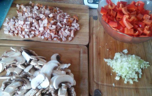 Pikantna potrawka paprykowo-pieczarkowa