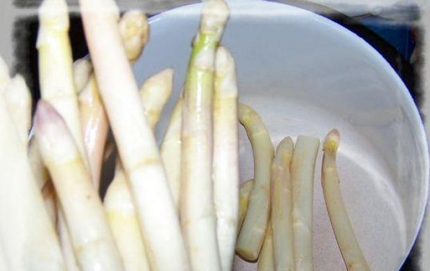 Placuszki szparagowo-marchewkowe.