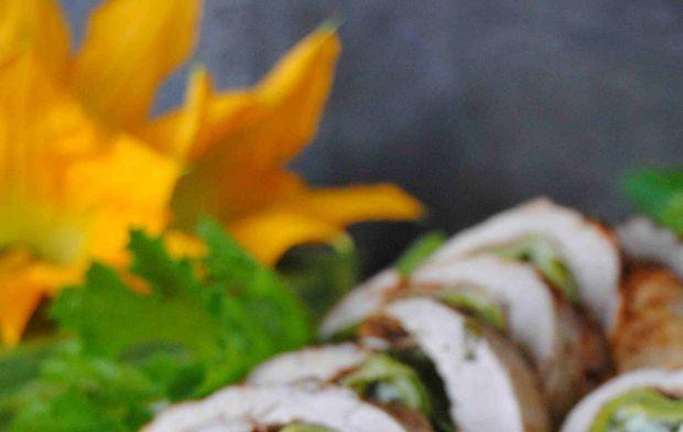 Polędwiczka z cukinią i mozzarellą