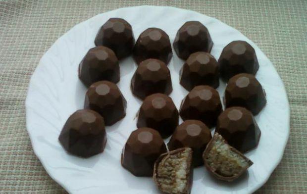 Pralinki orzechowo-kokosowe