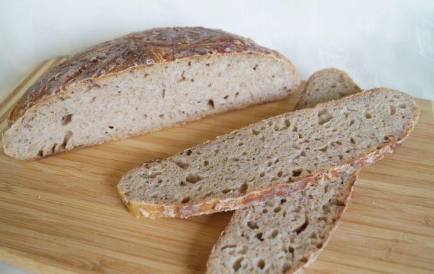 Pszenny chleb z pęczakiem na zakwasie żytnim