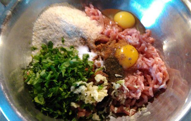 Pulpeciki wieprzowe na marchewkowym ryżu