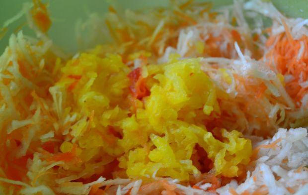 Sałatka z rzepą oraz suszonymi pomidorami