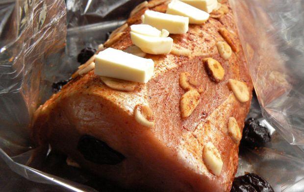 Schab pieczony z czosnkową nutą