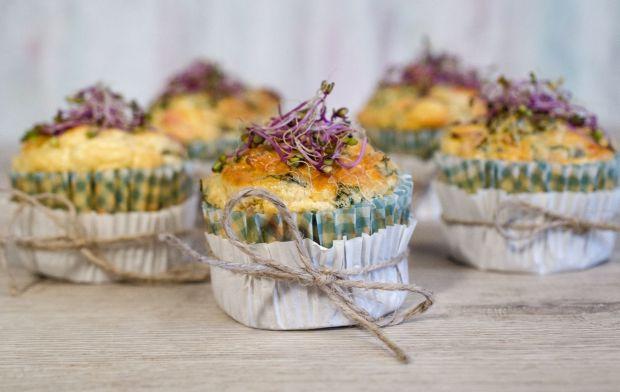 Śniadaniowe muffiny jajeczne z warzywami