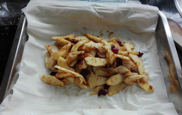 Strudel jabłkowy z zurawiną - 100 kalorii