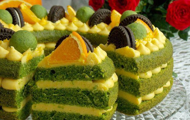 Szpinakowe ciasto z kremem pomarańczowym