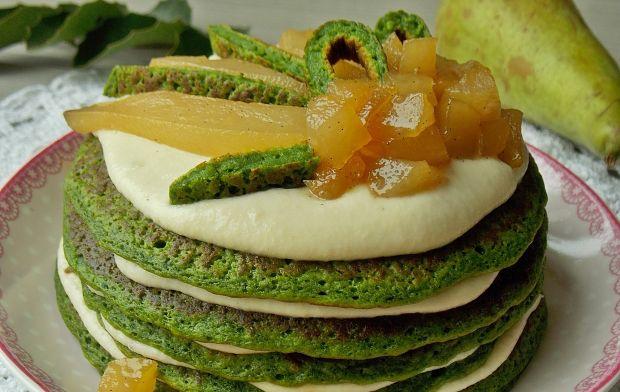 Szpinakowe placuszki z karmelizowanymi gruszkami