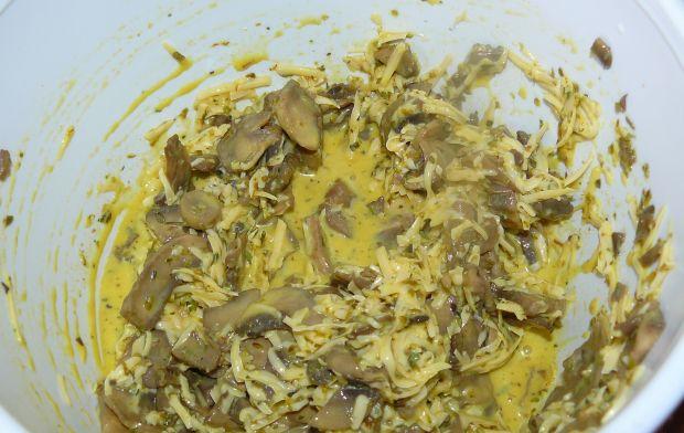 Tarta warzywna z nadzieniem serowo- pieczarkowym