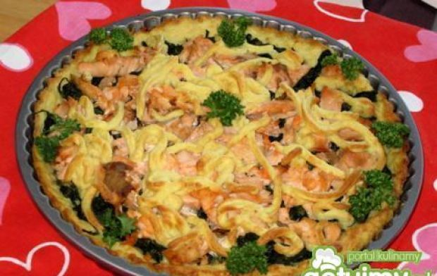 Tarta ziemniaczana szpinakowo-łososiowa