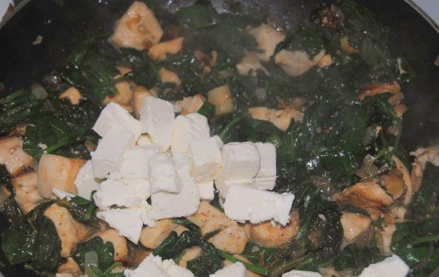 Tortilla szpinakowo – kurczakowa
