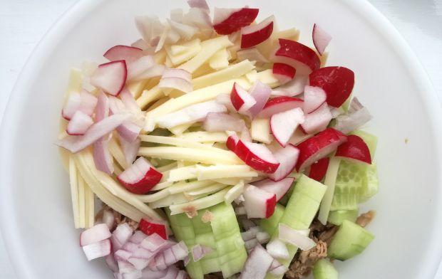 Tuńczykowa zapiekanka z warzywami