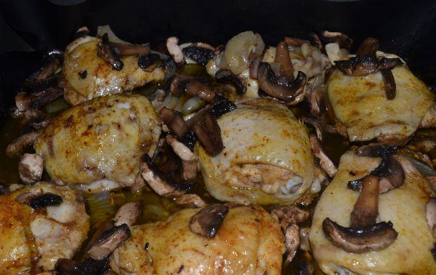 Przepis Udka Z Kurczaka Pieczone Z Pieczarkami Przepis Gotujmy Pl