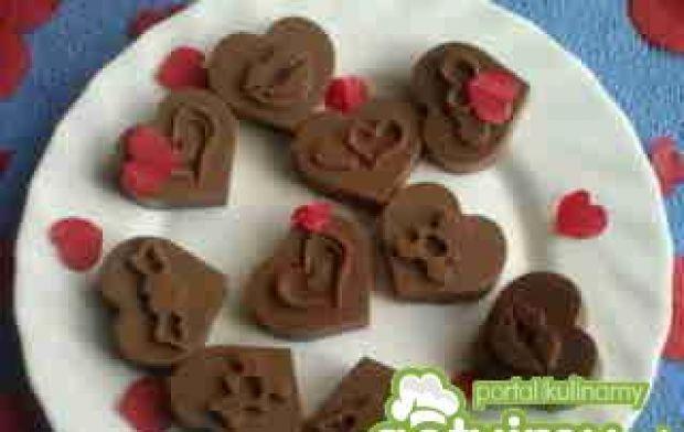 Walentynkowe pralinki z wiśniówką:)
