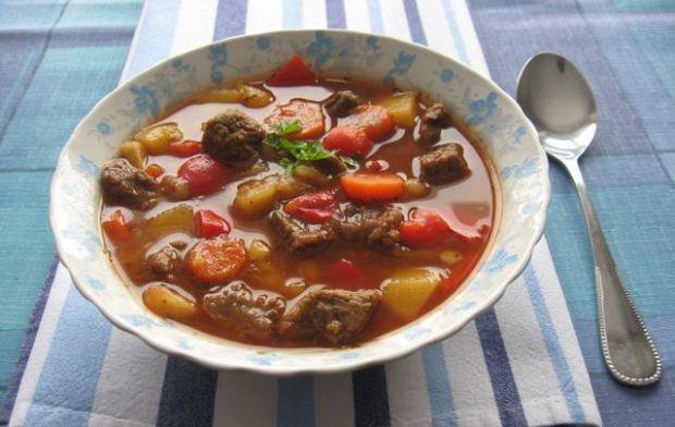Wegierska Zupa Gulaszowa