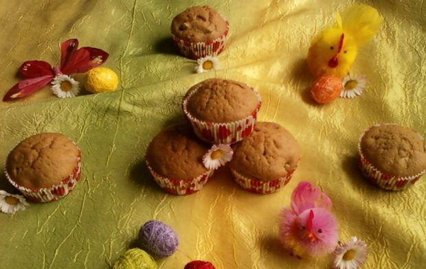 Wielkanocne herbaciane babeczki