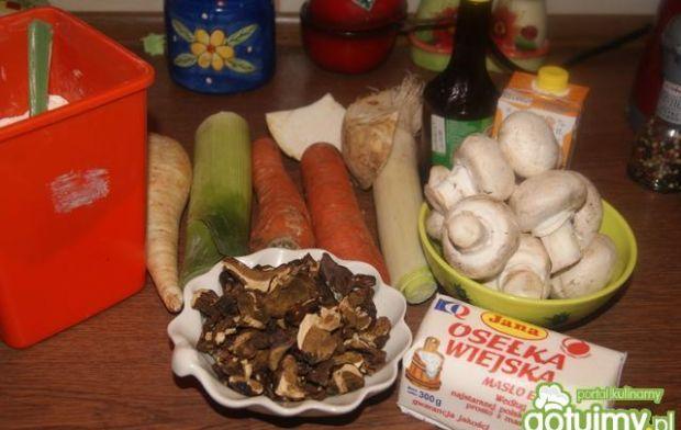 Wigilijna pieczarkowo-grzybowa