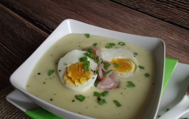 Zupa - krem chrzanowy z jajkiem i polędwicą