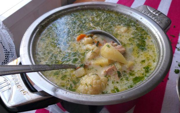 Zupa kurkowa z kalafiorem