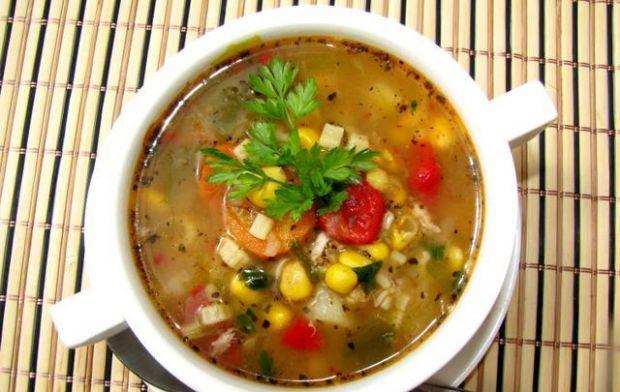 Zupa meksykańska z kurczakiem - zupa meksykańska z kukurydzą i kurczakiem, rozgrzewająca